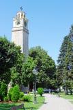 钟塔和公园 免版税库存图片