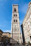 钟楼和大教堂圣玛丽亚del菲奥雷 库存图片