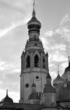 钟楼索菲娅大教堂剪影在沃洛格达州 库存照片