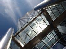 钢办公室塔在伦敦 库存照片