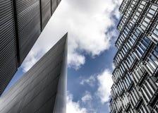 钢和玻璃摩天大楼 库存照片