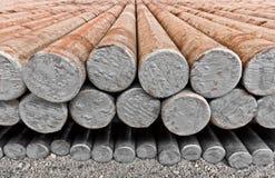 钢坯在工厂仓库里 免版税库存图片
