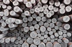 钢坯在工厂仓库里 免版税库存照片