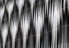 钢垂直弯曲的金属抽象细节  免版税图库摄影