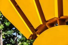 钢太阳艺术品  库存照片