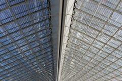 钢屋顶结构 免版税库存图片