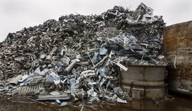 钢材料转储  免版税库存照片