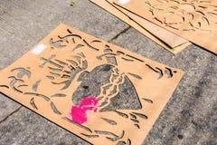 钢板蜡纸用于装饰圣周队伍地毯,安提瓜岛, 免版税图库摄影