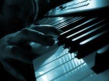 钢琴使用 库存照片