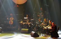 钢琴流行音乐Zade Dirani在巴林, 2/10/12执行 免版税库存照片