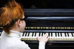 钢琴演奏家 免版税图库摄影
