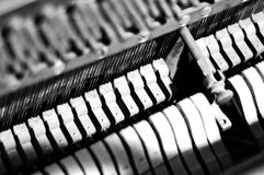 钢琴蜇、锤子和制音器 免版税库存图片
