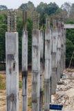 钢筋混凝土柱子森林 免版税库存图片
