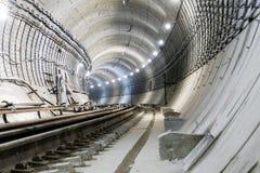钢筋混凝土管建设中地铁隧道  免版税库存照片