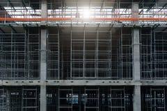 钢结构在工地工作建设中 免版税库存照片