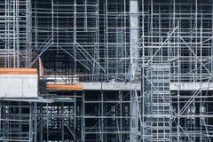 钢结构在工地工作建设中 库存照片