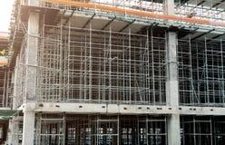 钢结构在工地工作建设中 免版税图库摄影