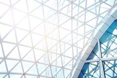 钢结构有天空的几何建筑 图库摄影