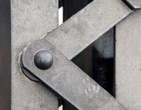 钢结构的有选择性的foucs与铆钉的 免版税库存图片