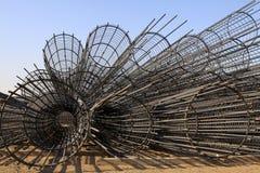 钢钢筋要素在建造场所 免版税库存照片