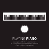 钢琴和椅子 免版税库存照片