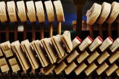 钢琴喑哑 免版税库存照片