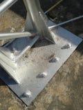 钢结构螺栓和板材  免版税图库摄影