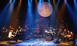钢琴流行音乐Zade Dirani在巴林, 2/10/12执行 库存图片