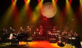 钢琴流行音乐Zade Dirani在巴林, 2/10/12执行 免版税库存图片