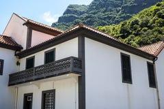 钦琼特佩克火山教区教堂在马德拉岛葡萄牙的海岛上的 免版税库存照片