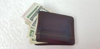 钱包各种各样的美国美元钞票充分隔绝了 库存图片