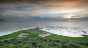 钻孔7, Pebble Beach高尔夫球场,加州 免版税图库摄影