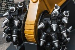 钻操作的生产的新的钻子头 库存图片