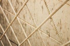 铁丝网墙壁。 免版税图库摄影
