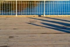 铁扶手栏杆的片段 免版税库存照片