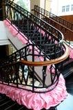 铁栏杆楼梯启用 库存图片