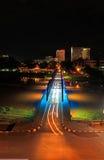 铁桥梁夜视图在清迈 免版税库存图片