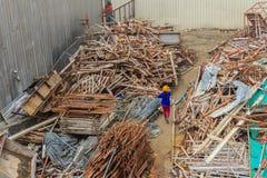 铁棍从建造场所废弃左,并且可以是sel 库存照片