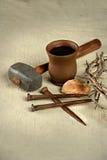 铁海棠和钉子与圣餐元素 库存图片