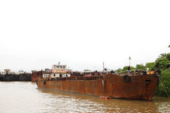 铁矿的运输的货船 图库摄影