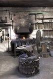 铁砧伪造锤子 库存照片
