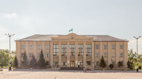 铁米尔套,哈萨克斯坦- 2016年8月13日:铁米尔套Akimat  免版税库存图片