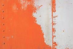 铁表面用老油漆、巨大背景或者纹理报道您的项目的 免版税库存图片