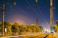铁路在晚上 免版税图库摄影