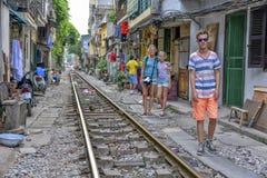 铁路在河内,越南 免版税库存图片