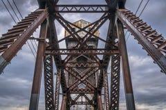 铁路在Boonville的浅田桥梁 库存图片