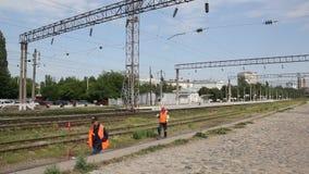 铁路工作者检查方式 影视素材