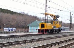 铁路起重机 免版税库存照片