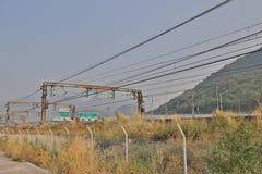 铁路近由Lantau高速公路 图库摄影