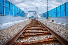 铁路高架桥克拉科夫Krzemionki -克拉科夫Zablocie 图库摄影